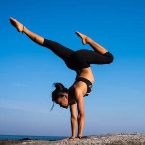 Estudiar curso monitor de yoga y master coaching deportivo
