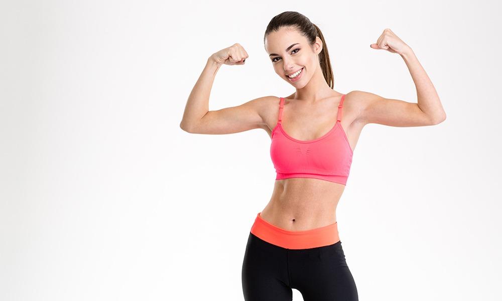 Cómo adelgazar los brazos con ejercicios sencillos y efectivos